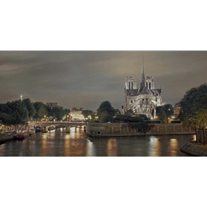 Notre Dame de Paris by Rod Chase